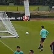 Le but de derrière les cages de Cristiano Ronaldo