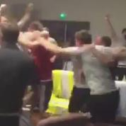 Quand les joueurs gallois fêtent…la défaite de l'Angleterre