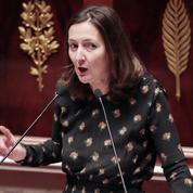 Loi travail : la députée PS Karine Berger réclame la démission de Manuel Valls