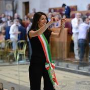 Mairie de Rome : Virginia Raggi sous les fourches caudines du Mouvement 5 étoiles