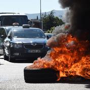 Nouvel essai législatif pour calmer les taxis
