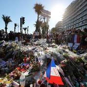 Attentat de Nice : à 12 heures, la France se figera