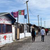 Les échoppes de la Jungle de Calais soumises à une vaste opération de contrôle