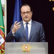 Hollande appelle à la «résistance»