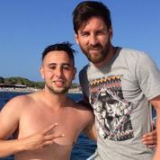 Un fan nage un kilomètre pour rejoindre Lionel Messi sur son yacht