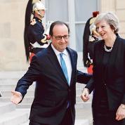 Brexit: François Hollande donne du temps à Theresa May