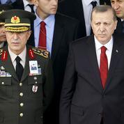 Turquie: les curieux liens d'Erdogan avec l'armée