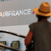 Air France : 30.000 passagers affectés par la grève des hôtesses et stewards