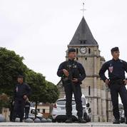 Prêtre égorgé: deux gardes à vue toujours en cours, une autre levée