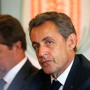 Tirs nourris contre Sarkozy avant les vacances du gouvernement