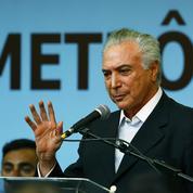 Un Brésil en crise politique, institutionnelle et économique, accueille la planète