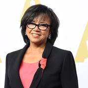 Les Oscars, en pleine tourmente, reconduisent leur présidente
