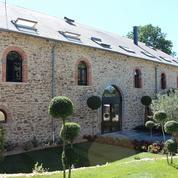 En Corrèze, Hollande inaugure l'hôtel de luxe qui remplace un Club Med