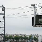 Première cabine installée pour le téléphérique de Brest
