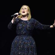 Malade, Adele annule son concert et s'excuse sur Twitter