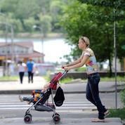 Le salaire des nounous augmente mais leur coût chute