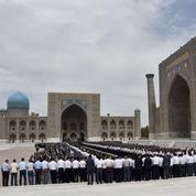 Hommage fastueux pour Islam Karimov, enterré à Samarcande