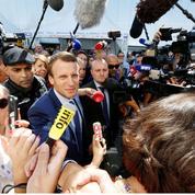 Hollande cerné par les candidatures concurrentes
