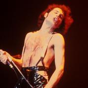 Freddie Mercury passe de star à étoile