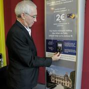 Le don se met au sans-contact pour aider les monuments de France