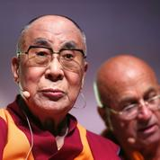 À Paris, le dalaï-lama défend la langue tibétaine