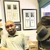 Un légendaire vendeur de chaussures de Pennsylvanie rêve de piétiner Trump