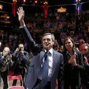 Fillon renvoie dos à dos la «prudence» de Juppé et les «promesses» de Sarkozy