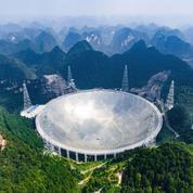 Le plus grand télescope au monde mis en service en Chine