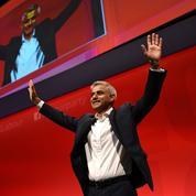 Khan défie Corbyn sur sa capacité à faire gagner le Labour
