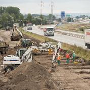 Mur «anti-migrants» à Calais: bras de fer entre la mairie et l'État