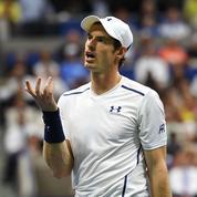 Andy Murray harcelé par une mystérieuse femme de chambre