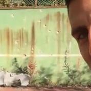 L'émouvant retour de Novak Djokovic sur les ruines du terrain de tennis de son enfance