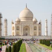 Inde : le dôme du Taj Mahal s'offre un lifting