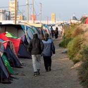 «Jungle» de Calais: l'État face au casse-tête du démantèlement