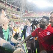 Samuel Eto'o parie ... 100.000 euros avec un fan