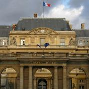 Crèches dans les lieux publics: la laïcité n'est pas contre les traditions françaises