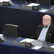 Les eurodéputés privent à nouveau Jean-Marie Le Pen de son immunité parlementaire