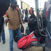«Jungle» de Calais: dans le bus 95, trente-deux migrants vers un nouveau départ