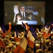 En envisageant de voter Hollande, Sarkozy sème le trouble à droite