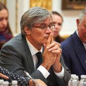 Le Foll invite Le Maire, Wauquiez et ceux qui ne «respectent» pas Hollande à «la fermer»
