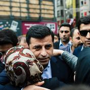 La purge et les arrestations se poursuivent en Turquie