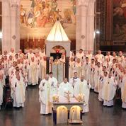 Pédophilie: jour de pénitence pour l'Église de France