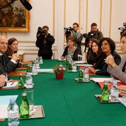 Myriam El Khomri et Audrey Azoulay tentent de sortir i-Télé de la crise