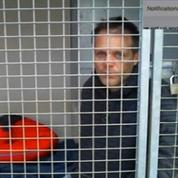 Rémi Gaillard, en cage, récolte plus de 200.000 euros pour la SPA