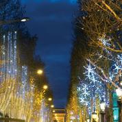 Paris s'illumine à l'approche des fêtes