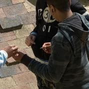 Insertion, délinquance: les difficultés de la jeunesse française