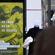 Plusieurs maires de droite font retirer des affiches controversées sur le VIH