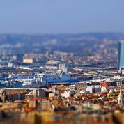 À Marseille, la petite fille que les médecins voulaient débrancher «s'est réveillée» selon son père