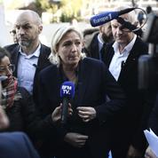Marine Le Pen en voyage à Mayotte pour dénoncer la politique d'immigration