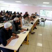 Laïcité: la timide formation des imams
